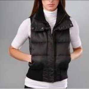 THEORY Luxe Down Puffer Vest